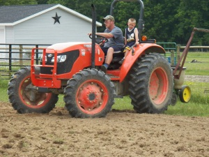 Josh and Jonny Plant corn 2014